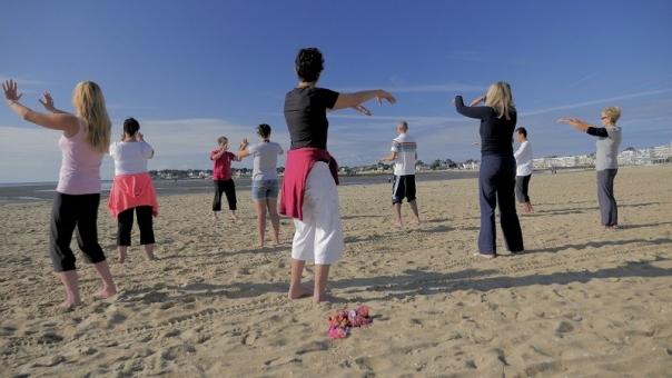 Baie de la baule Loisirs, Cours de yoga/qi-gong sur la plage
