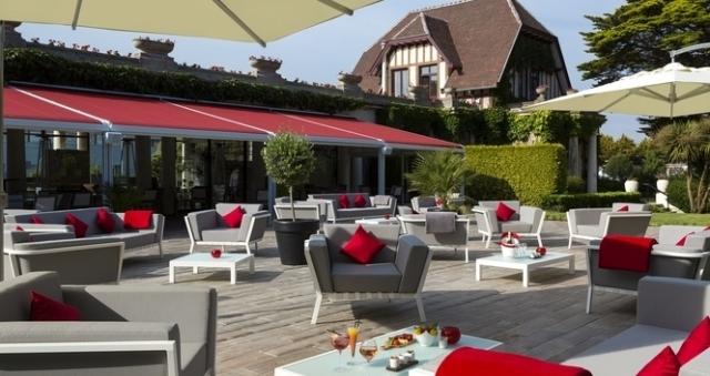 Baie de la baule Culture, Cafe Con Leche au Tennis Country Club Barrière