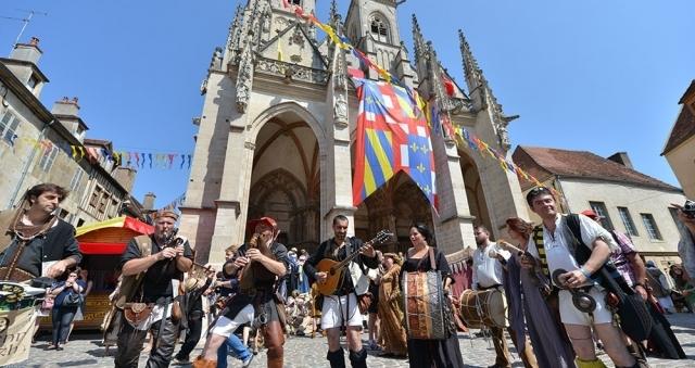 Baie de la baule Loisirs, Fête médiévale de Guérande